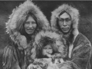 378403-inuit-people